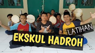 Suasana Latihan Ekskul Hadroh Asshiddiqiyah Karawang