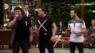 Beyaz Show - Kimliği belirli 3 Adam Beyaz Show stüdyosunu bastı!