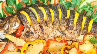 Рыба, фаршированная овощами, с картофелем, запеченная в духовке 🐟 (рецепт рыбы в пост)