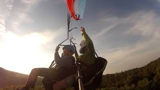 preview picture of video 'Tandem Paragliding - Staňkovka, Praha 18/9/2014'