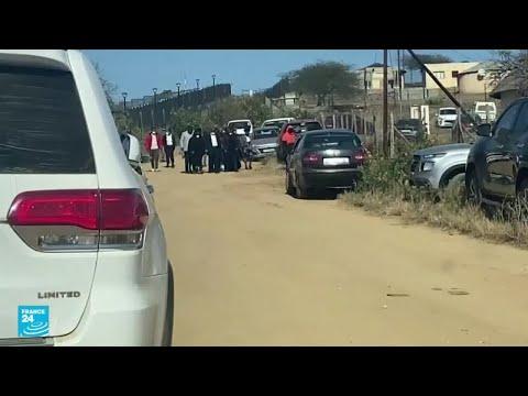 رئيس جنوب إفريقيا السابق زوما يخرج مؤقتا من السجن للمشاركة في جنازة أخيه