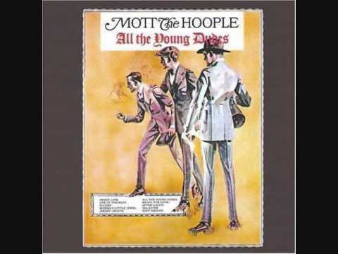 """תומר: להקת """"Mott The"""