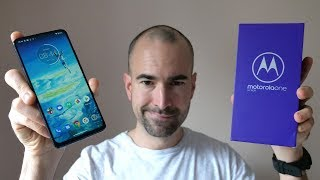 Motorola One Hyper - Unboxing & Tour