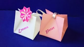 Gift Bag With Handles.  Easy To Do.  Gift Wrap Ideas For Valentines Day