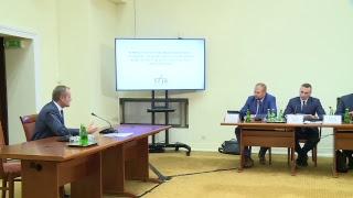 Przesłuchanie Donalda Tuska przed komisjąds. Amber Gold | OnetNews