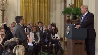 «Противостояние с прессой как стратегия». Могут ли американские СМИ победить Дональда Трампа в суде