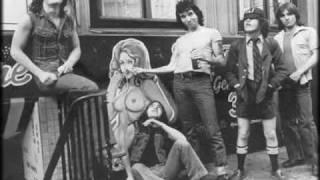 Ac/Dc T.N.T Lve In 1976  Rare Live