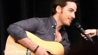 Colin ODonoghue Singing And Playing Guitar At The FairyTales Con III-3