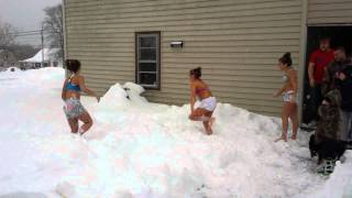 Crazy girls snow challenge