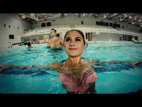Prarasti kūno riebalus baseine.