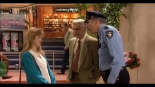 Empty Nest S05E17 Dog Day Afternoon