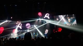 Chinaski - Punčocháče (live - Ostravar aréna 2017)