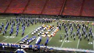 preview picture of video 'Pirates!!!: 2005 Moanalua Menehune Marching Band & Color Guard (OIA)'