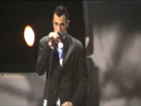 , title : 'MARCO MENGONI-APERTURA CONCERTO+SEARCHING (IL VOLATORE) - SOLO TOUR 2.0 - ROMA 29 11 2011'