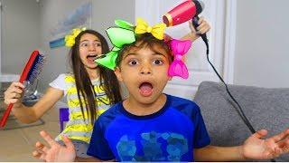 Magu & Bela Brincando com Laço Engraçado ⭐️ Kids pretend play with beauty salon