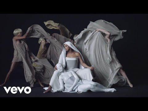 Mine (Feat. Drake)