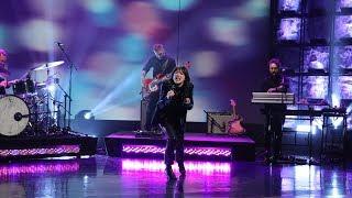 Sharon Van Etten Rocks with 'Seventeen'