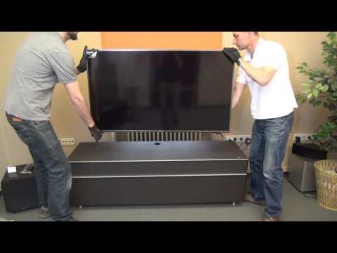 Panasonic TX-55CXW704: Aufbau und Installation
