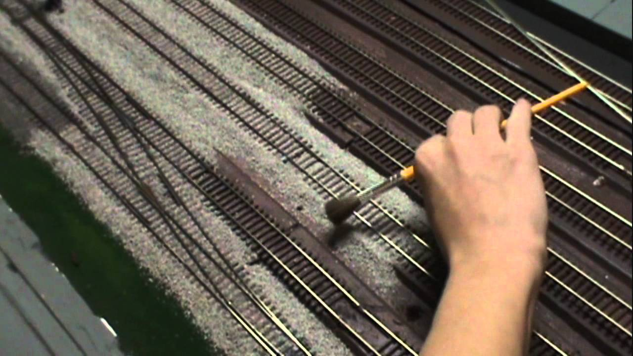 How to quickly ballast model train track - YouTube