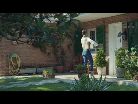 Amazon Commercial (2016) (Television Commercial)