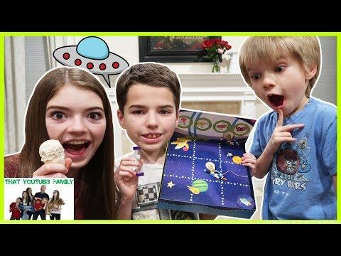 Family Game Night - Cranium Sculpt It / That YouTub3 Family