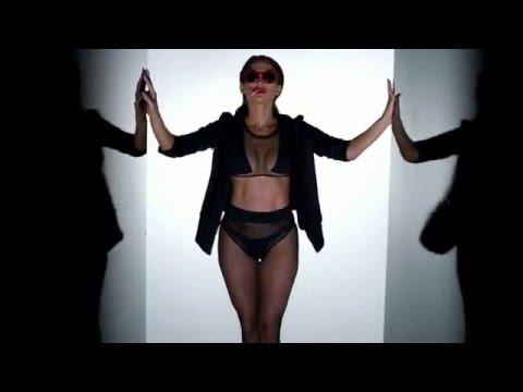 Jennifer Lopez hot /