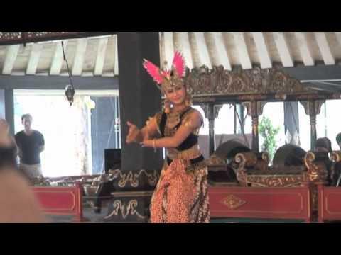 Central javanese gamelan how globalization influences