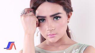 Salsiah - Depan Belakang (Official Music Video)