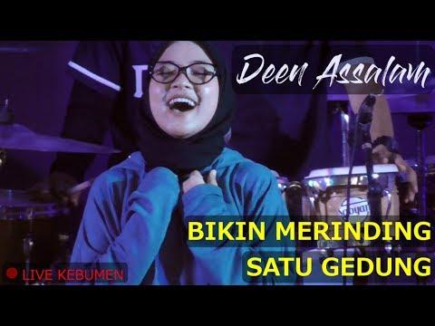 , title : 'Deen Assalam by Nissa Sabyan Bikin Merinding Satu Gedung - Konser Sabyan Gambus di Kebumen'