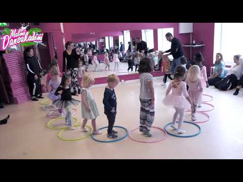 Harriet danslärare på Malmö Dansakademi!