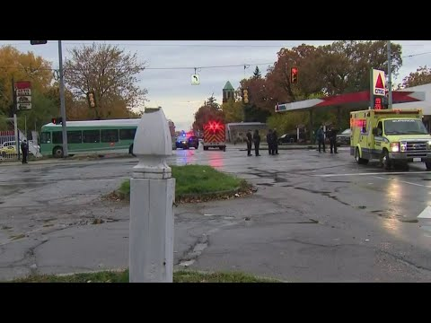 DDOT bus driver injured in multi-vehicle crash on Detroit's east side