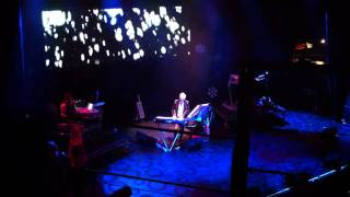 "Howard Jones performing ""Don't Always Look At The Rain"" (excerpt)"