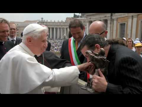 Mic Carlson Meets <br>Pope Benedict XVI