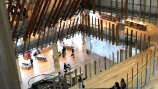 富山ガラス美術館