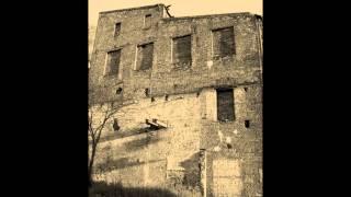 preview picture of video 'Opuszczony młyn i wieża ciśnień Zgierz'
