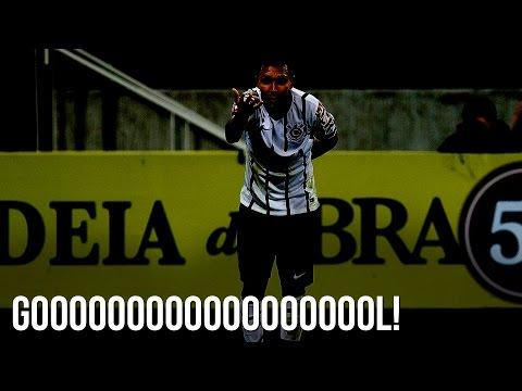 Corinthians 1x0 Atlético-MG - Petros chega de trás e faz o gol da partida