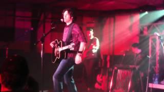 Joe Nichols country raps 'Baby Got Back' performs 'I'm a One Woman Man' March 3,2012
