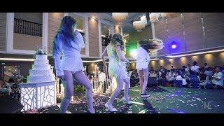 Cô dâu nhảy sexy đốt cháy sân khấu trong đám cưới