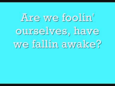 Música Fallen Awake