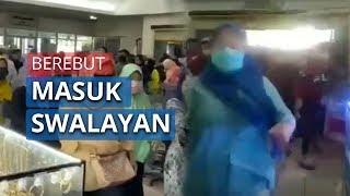 Viral Video Sejumlah Orang Yang Berebut Masuk ke Pusat Perbelanjaan di Banten