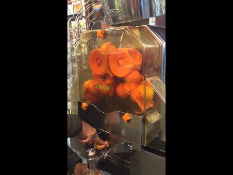 whole foods Orange juice machine