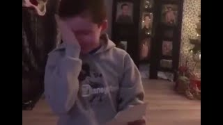 [COMPILATION] Reactions of fans getting tickets for the Sweetener World Tour (Ariana Grande)