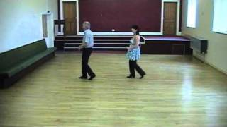 GREEN SNAKES.  ( Line Dance )