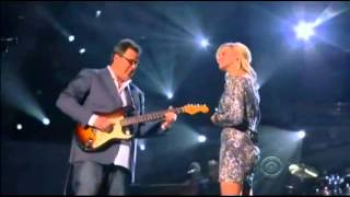 """Vince Gill & Carrie Underwood - How Great Thou Art .. at the ACM """"Girls Night Out"""" Awards"""