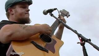 """CAS HALEY """"Slow Down"""" - acoustic MoBoogie Rooftop Session @ Lodo's"""