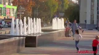 Фонтаны на площади в городе Щелково