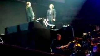 Idina Menzel and Josh Groban in Chess in Concert