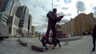 Установка памятника Михаилу Калашникову (полная версия)