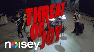"The Strokes - ""Threat of Joy"" (OFFICIAL MUSIC VIDEO)"