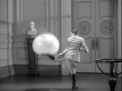 The Great Dictator - Globe Scene